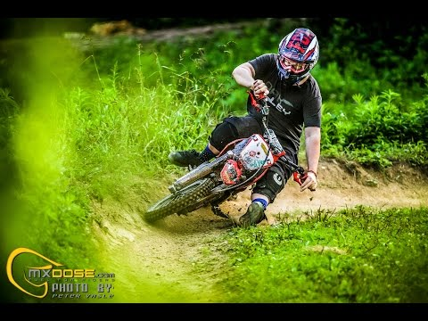 MiniMoto MX fun ride - Stomp Pitbike - Raw video