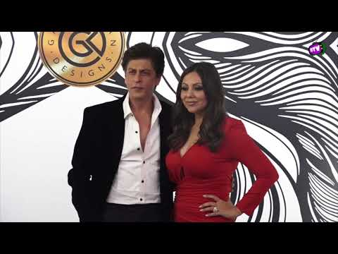 Shahrukh Khan With Wife Gauri Khan Steal The Limelight At Their Party !