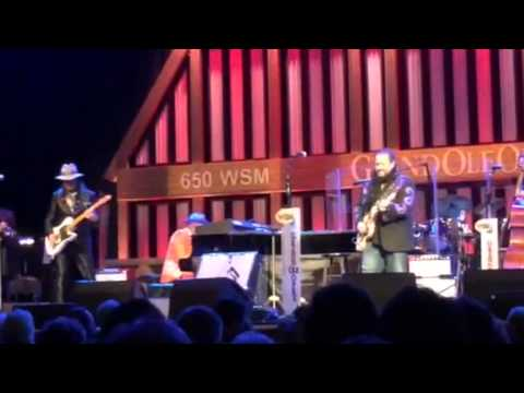 The Mavericks at Grand Ole Opry (2014)