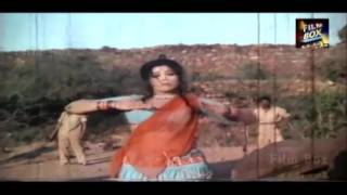 Chhori Lut Gayi Re - Singer : Asha Bhosle - Movie : Bindiya Aur Bandook (1972)