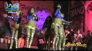 Alma Bella - Juana la Cubana (en vivo)