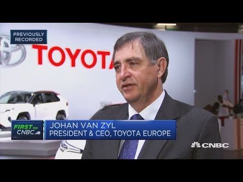 Toyota Europe CEO: We face logistics problems in case of hard Brexit | Squawk Box Europe