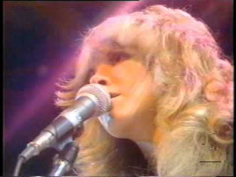 Fleetwood Mac  RHIANN   the Midnight Special 1976