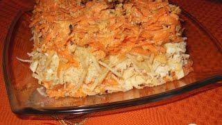 Салат с омлетом, морковью, яблоком и сыром