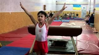 """Спортивная гимнастика, СК """"Гимнаст"""", г Черкассы. Первое место."""