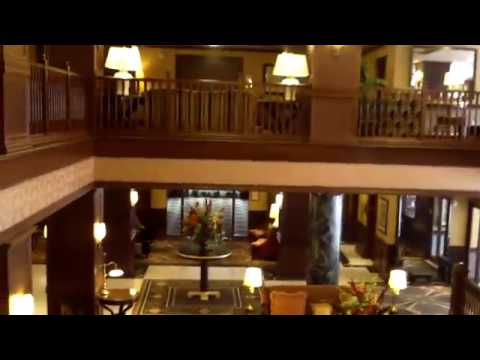 Hotel Tour: The Al Capone Suite at the Hotel Julien, Dubuque, IA