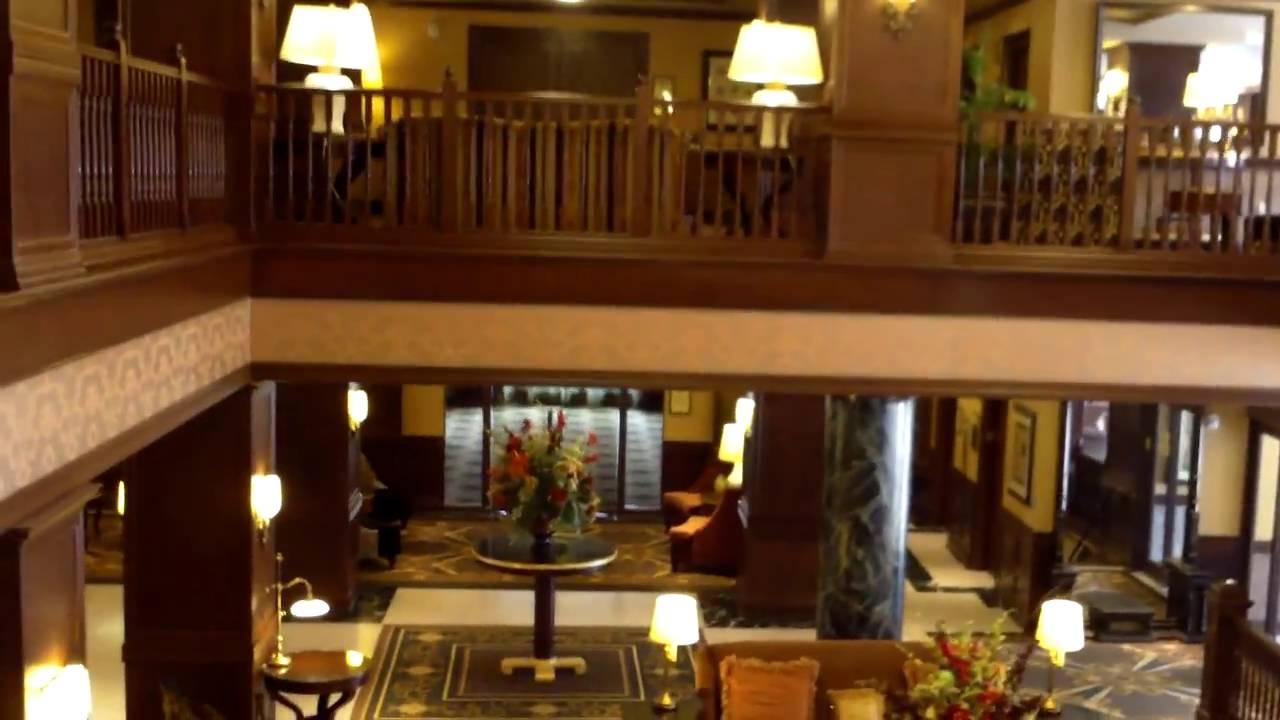 Hotel Tour: The Al Capone Suite At The Hotel Julien, Dubuque, IA