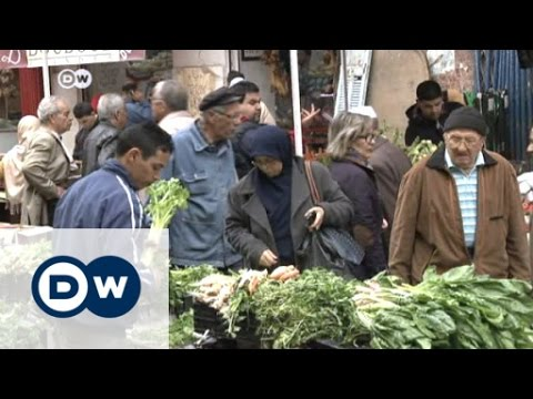 Uncertain future for Algerians | DW News