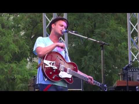 Steaming Satellites - How Dare You (2013-07-25, Popfest, Wien)