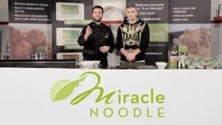 Spaghetti Shirataki Miracle Noodle Con Verdure Croccanti, Gamberi E Salsa Di Soia