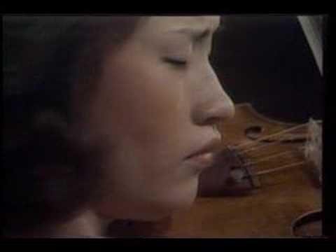 Kyung Wha Chung plays Bach BWV 1017 1st mov. Siciliano