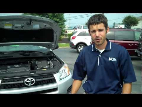 HOW TO CHANGE YOUR AIR FILTER IN A TOYOTA RAV-4