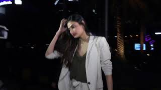 Athiya Shetty spotted at Nara Thai for dinner with friends!