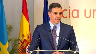 """Sánchez ve """"potencial"""" a Asturias para la transformación industrial"""