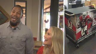 Cardinals' David Johnson and wife unveil David's Locker at Ryan's House in Phoenix