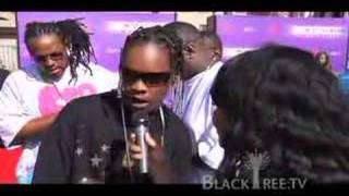 BET AWARDS 07 - Red Carpet - A Bay Bay (hurricane)