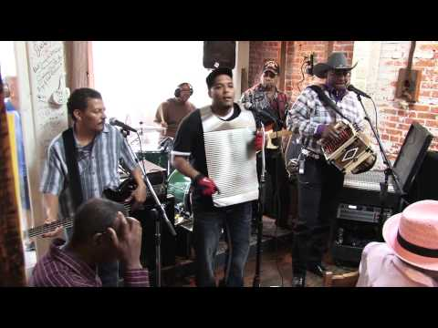 Leroy Thomas At Zydeco Breakfast - Café Des Amis