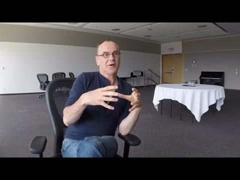 Daniel MacIvor: Talking opera with a playwright
