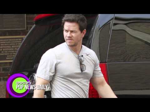 Mark Wahlberg Puts Justin Bieber In His Place!