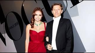 Павел Воля и Ляйсан Утяшева отметили годовщину свадьбы в отеле