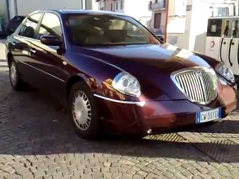 lancia thesis carla bruni Chrysler and lancia brands to share  the musa at least looks nice and has the upscale cachet + the carla bruni commercials  controversially-designed lancia thesis.