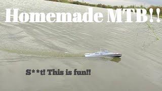 Homemade Rc motor torpedo boat , isn't it FUN?