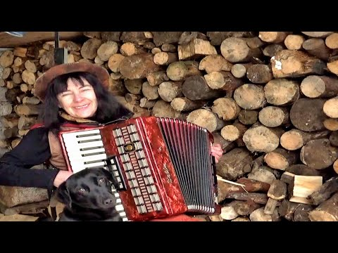 Wiesia Dudkowiak - GREEN GREEN GRASS