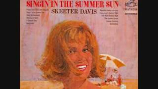Watch Skeeter Davis Remember walkin In The Sand video