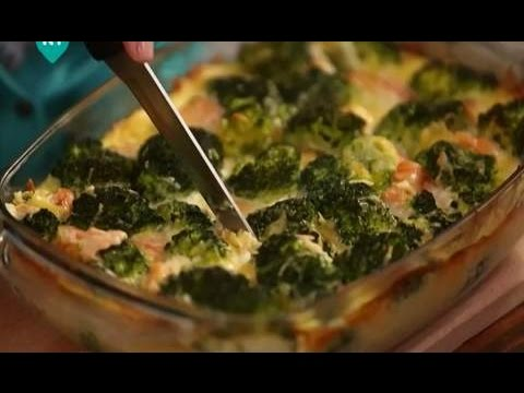 Лосось, запеченный с брокколи. Рецепты счастья: новая история