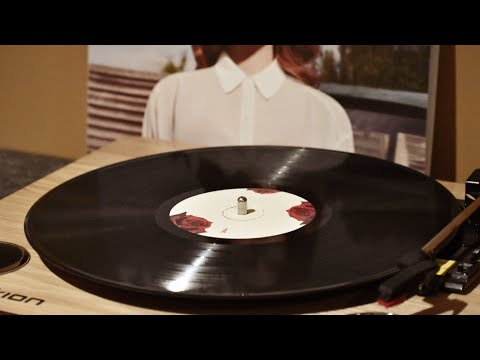 Lana Del Rey - This Is What Makes Us Girls Vinyl Rip