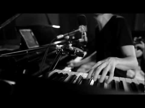Sun Rai - Til The Lights Come On - Live at Loop Studios, Perth