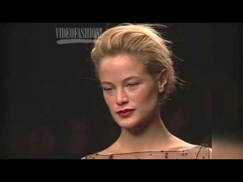 Supermodel Profile: Carolyn Murphy