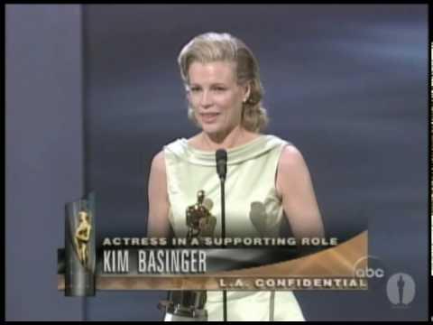 Kim Basinger winning Best Supporting Actress