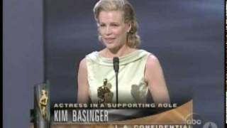 Kim Basinger winning Best Supporting Actress