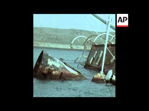 SYND 17-3-74 DAMAGED AREAS AROUND THE SUEZ CANAL TO BE RECONSTRUCTED
