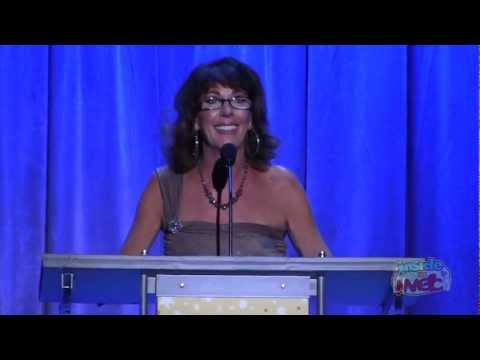 Paige O'Hara voice of Belle accepts Disney Legends award at the 2011 D23 Expo