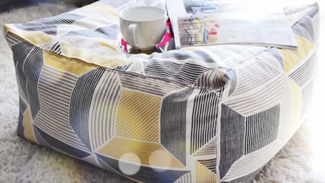 how to quickly sew a floor pouf ottoman youtube. Black Bedroom Furniture Sets. Home Design Ideas