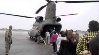 明野駐屯地開設56周年航空学校創立59周年 風と音がすごかったです。...