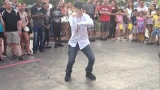 Las Vegas Street Dancer