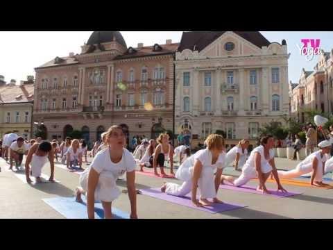 YOGA DAYS OF GOOD DEEDS - YOGIS IN DOWNTOWN NOVI SAD - May, 19th 2013, Novi Sad, Serbia