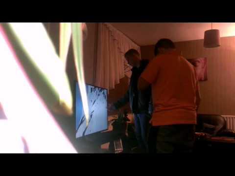 Broken screen prank youtube - How to do the broken tv screen prank ...