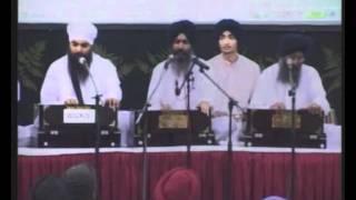 Bhai Harjinder Singh Ji Srinagar wale Ram Ras Piya Re Singapore Live.wmv