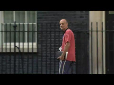 بريطانيا: دعوات لاستقالة مستشار رئيس الوزراء لانتهاكه الحجر الصحي  - نشر قبل 3 ساعة