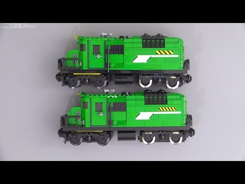 Time lapse ⏩ Copying a LEGO train MOC + running it in real time