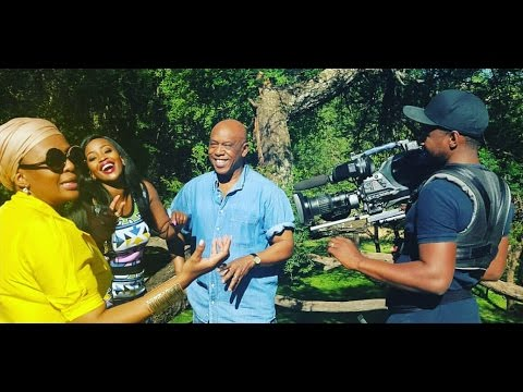 Tokyo Sexwale takes Top Billing on a tour of his riverside abode | FULL INSERT
