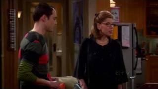 Big Bang Theory - Sheldon flattering Leonard's mom