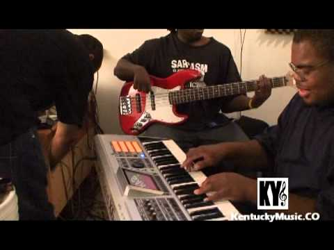 X Music -