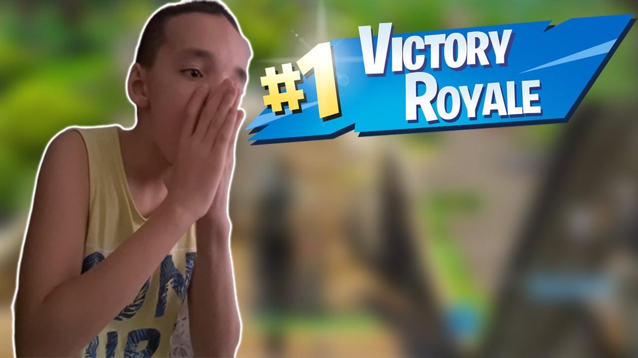 FORTNITE   *victory royale*   Astazi jucam de pe !CONTROLLER!