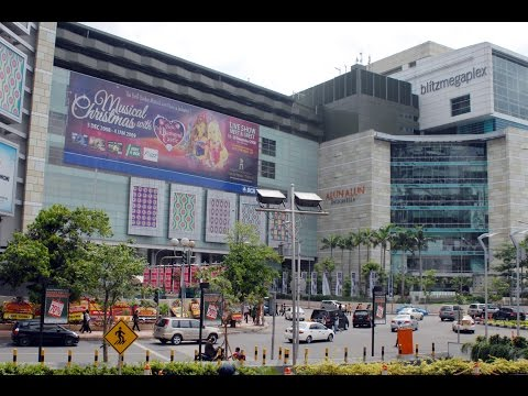 مول جراند إندونيسيا في جاكرتا إندونيسيا Grand Indonesia Mall in Jakarta , Indonesia