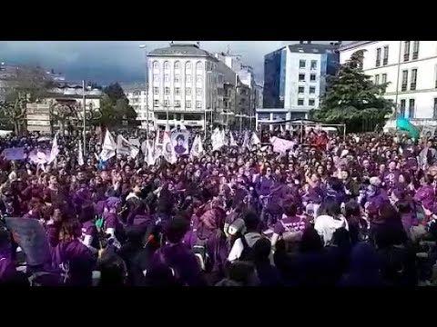 Lugo se tiñe de violeta